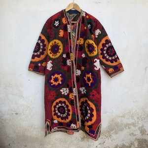Vintage ウズベキスタン スザニ刺繍のキルティングチャパン