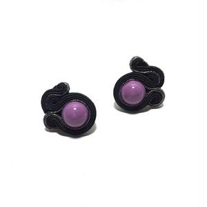 Soutache 黒と紫ピアス