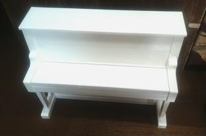 [中古]日本製アップライト型トイピアノ 箱付き
