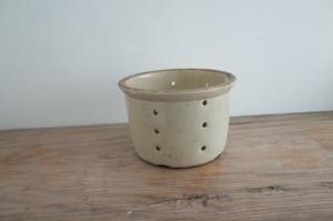 水切り用の陶器 / フランス