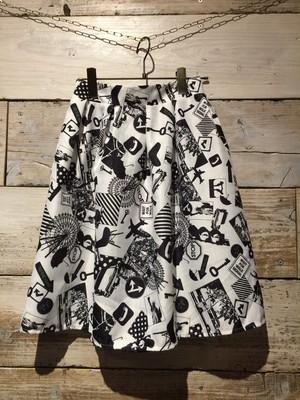 モノクロ★スカート