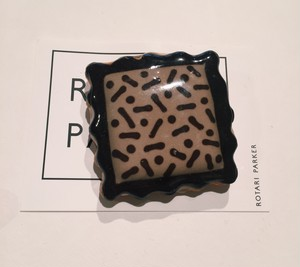 "ROTARI PARKER - ""Pattern Cookie Brooch"""
