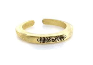 Ax b-rogo engraving three diamond shape cutting Ring 真鍮製