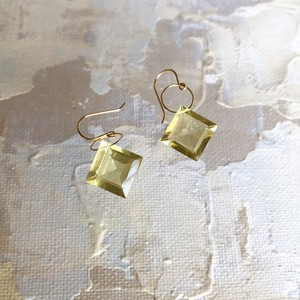 ind gem earrings ~Lemon Quartz~