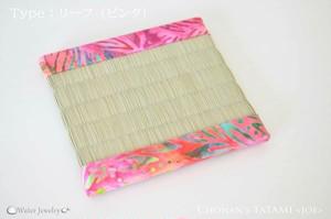 【USAバティック】撥水ミニ畳コースター(リーフ:ピンク)