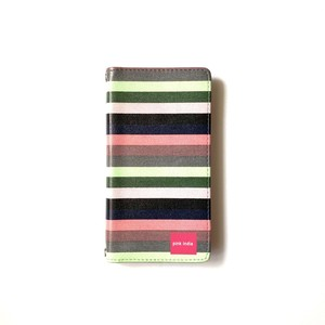 北欧デザイン 手帳型スマートフォンケース [ベルトなし] | iPhone6/7/8/SE(第二世代)兼用 |  svea stripe