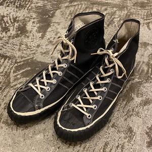 """40's """"Arch Kix"""" Canvas Shoes"""