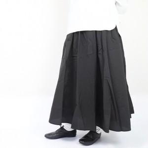 ブラック ギャザーフレアスカート