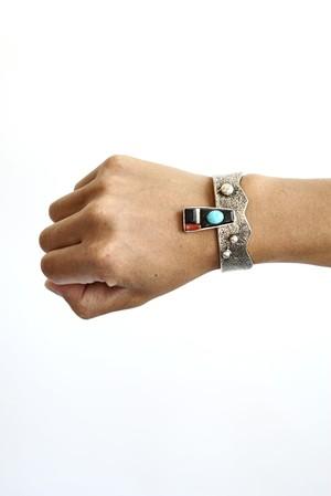 "Navajo Artist "" Stewart Billie "" - Contemporary Sterling Silver Bracelet"