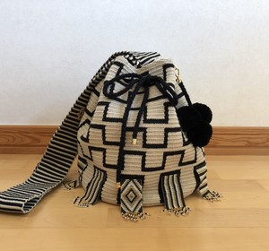 【Pre-order】ワユーバッグ (Wayuu bag) Luxe Line With Bead Art C