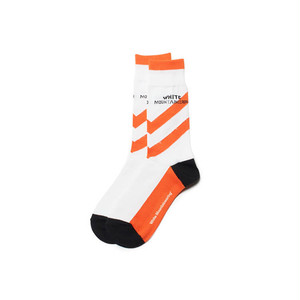 DIAGONAL STRIPE SOCKS-ORANGE