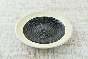 傳 八寸皿  (黒呉須)