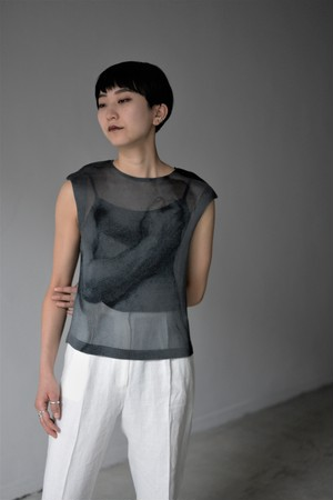 YOHEI OHNO / cropped body pleats top (black)