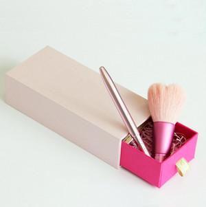【ギフトセット】 ハート型洗顔ブラシ&リップブラシ