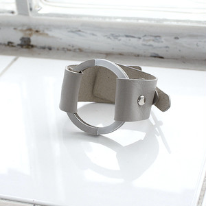 2nd Collection-CIRCLE LEATHER BANGLE [ ASH GRAY ]