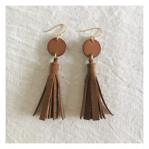 tassel-pierce / light brown
