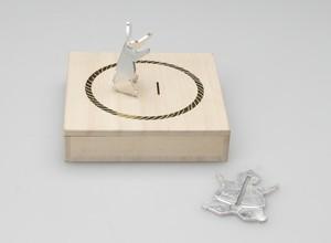 スモウレスラー 2個入:箸置き(カトラリーレスト・相撲・力士・カード立て・ペンホルダー・錫・結婚祝い・錫婚式・結婚10周年)