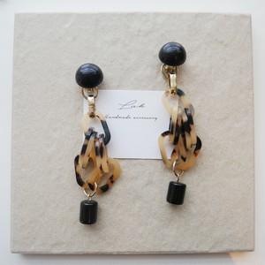 black × tortoiseshell pierced earrings 【2】 ✦ おおぶりべっ甲ピアス