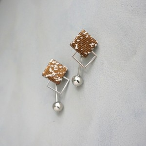 pierced earrings A-P40/earrings A-E40
