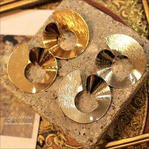 Swirl metalpierced  gold OR silver 【032911】