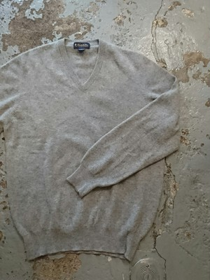 """BROOKS BROTHERS CASHMERE V-NECK SWEATER"" MADE IN SCOTLAND"