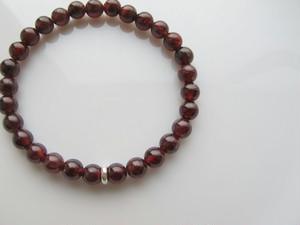 【情熱の赤】ガーネット(ザクロ石) 6 mm ブレスレット