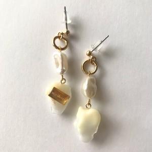 white series pierced earring
