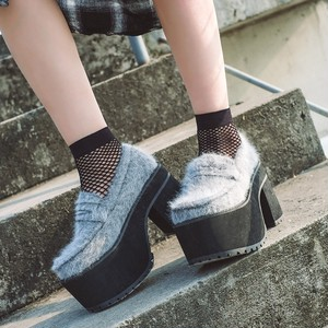 street high heel