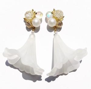 Dress Frost Flower《ピアス/イヤリング》
