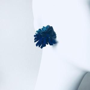 NEWカーネーションピアス・イヤリング〈ターコイズ・インディゴ・インクブルー〉