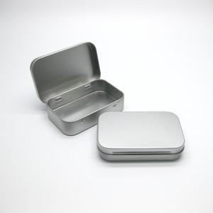 【 小さな ブリキ缶 ピルケース 】 ティンボックス 小物入れ 収納 ケース 便利 整理整頓 シンプル 【Tin box, Containers】シルバー メタル フタ付き