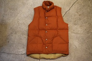 USED 70s SIERRA DESIGNS Down Vest -Medium V0638
