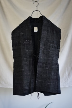 JAN JAN VAN ESSCHE - GILET WITH HANDWOVEN SAKIORI FRONT PANELS