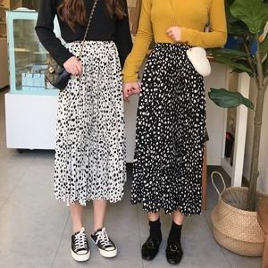 【送料無料】ダルメシアン柄 プリーツスカート 全2色