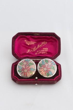 【Run Rabbit Run Vintage 】Enamel red flower pierce