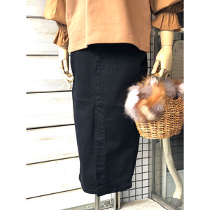 ◆大人気のデニムスカートに、スタイルアップ効果の高いミモレ丈のレディな新作が登場しました!◆