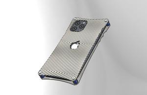 iPhone11Pro用シルバーカーボンケース