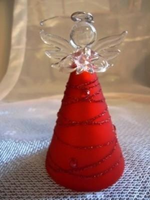 幸せを運ぶ赤い天使
