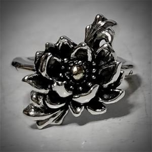 蓮の華の指輪 R.E.N