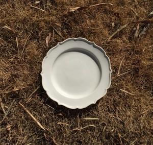 白磁稜花リム皿(大)
