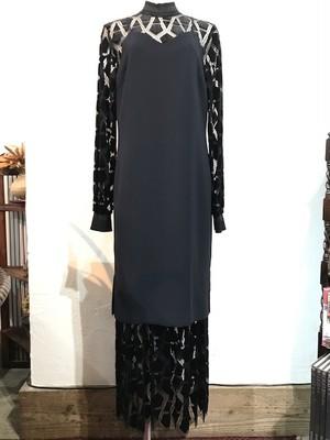 ベルベットレースドレス