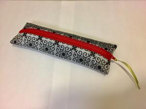 織物ペンケース 黒グレー(赤チャック)