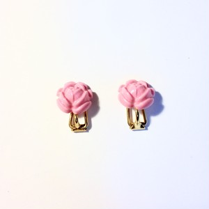vintage English rose earring