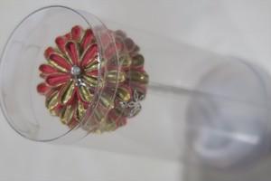 赤と金のの丸い花のかんざし髪飾り 和装用 可愛い  おしゃれな簪 成人式 卒業式 結婚式