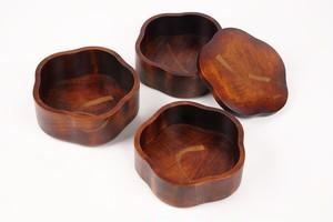 木目刷毛目梅型重箱(五寸三段)