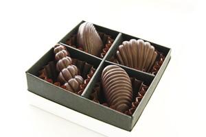 アソートチョコレートボックス‐ダーク