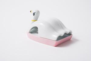スワンボート トレイ ピンク / The Porcelains
