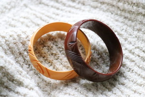 Bakelite brown bangle