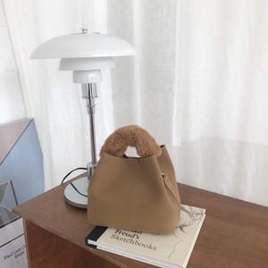ファーハンドルミニバッグ