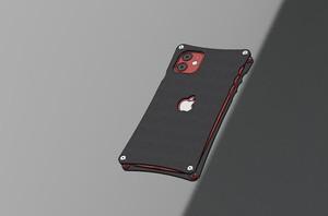iPhone11用カーボンケース